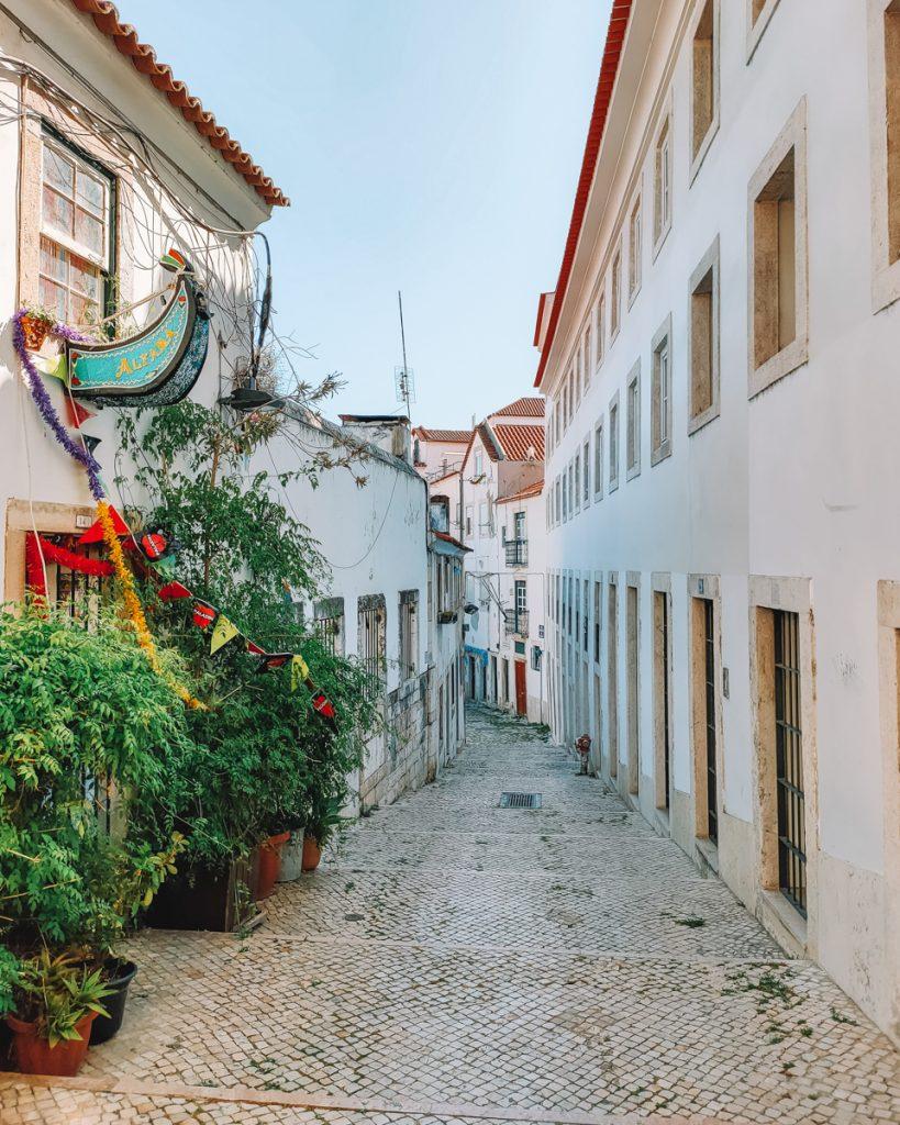 Een van de leukste straatjes van de wijk Alfama