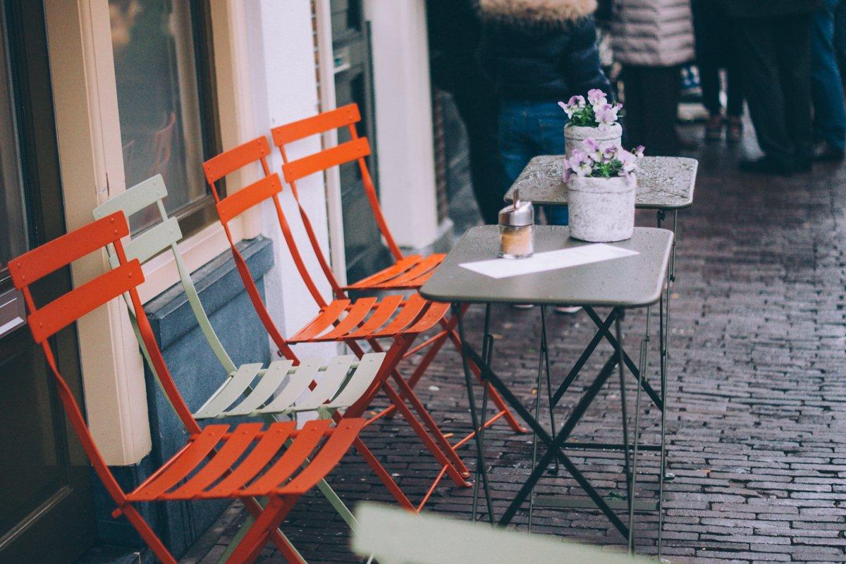 Dit zijn de leukste hotspots om te eten en te borrelen in Leiden!