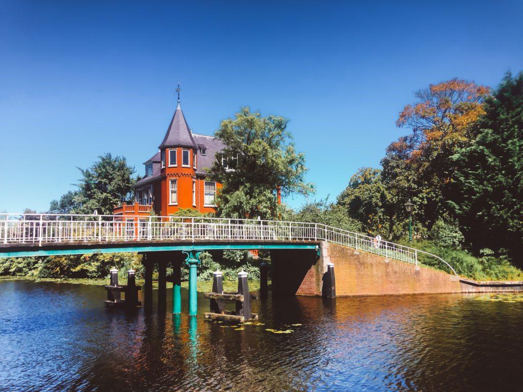 Het rode kasteel van Leiden