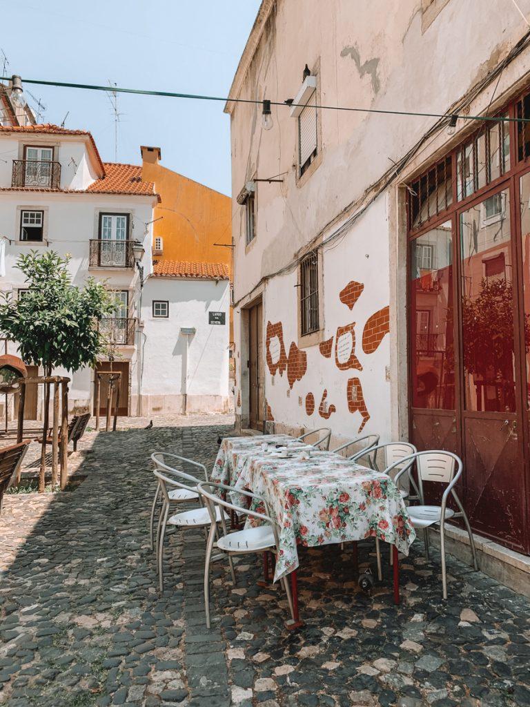 Een leuk restaurantje aan een schattig pleintje