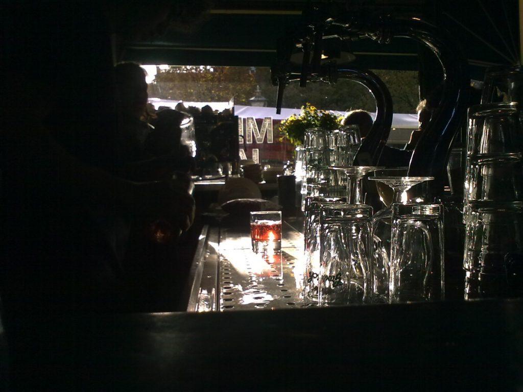 De bar van Meneer Jansen