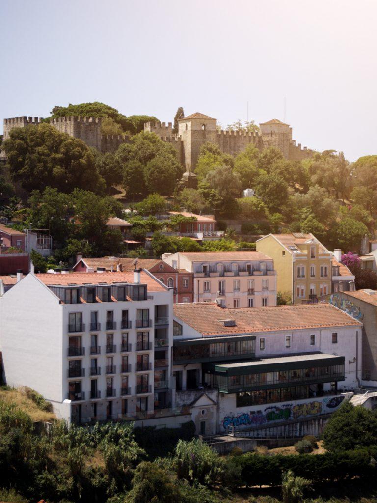 Uitzicht op het kasteel van Lissabon