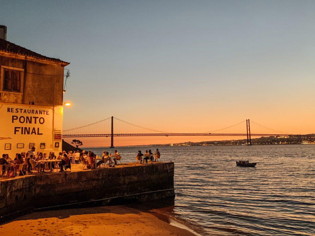 Ponto Final, een van de leukste restaurants van Lissabon