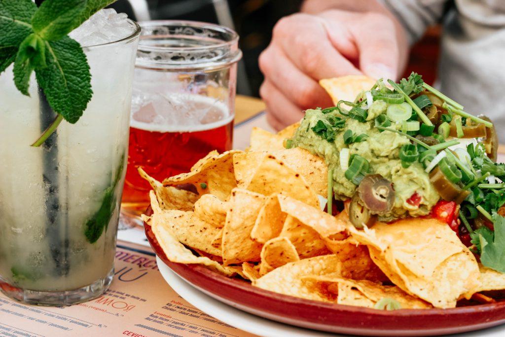 Nacho's met guatemala en cocktails