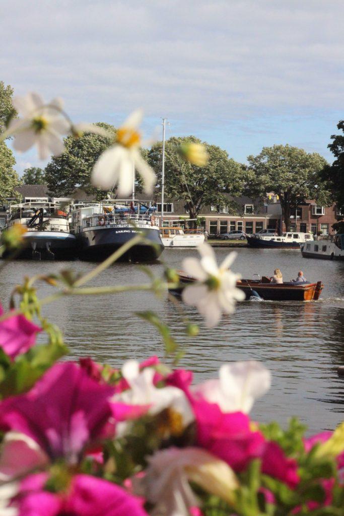 Tijdens een dagje Leiden moet je zeker varen door de binnenstad