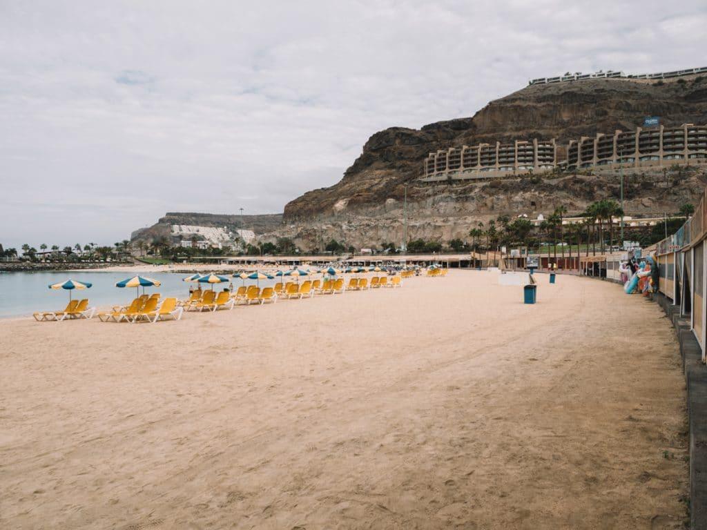 Het strand van Amadores