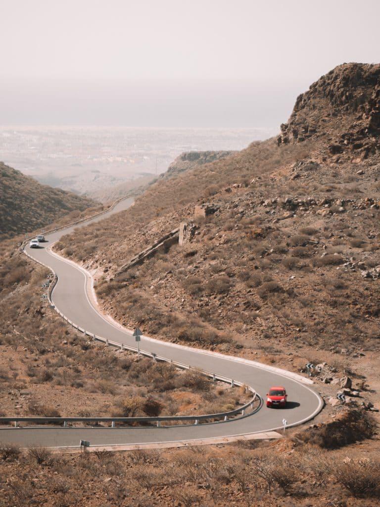Rijden dwars door de natuur van Gran Canaria