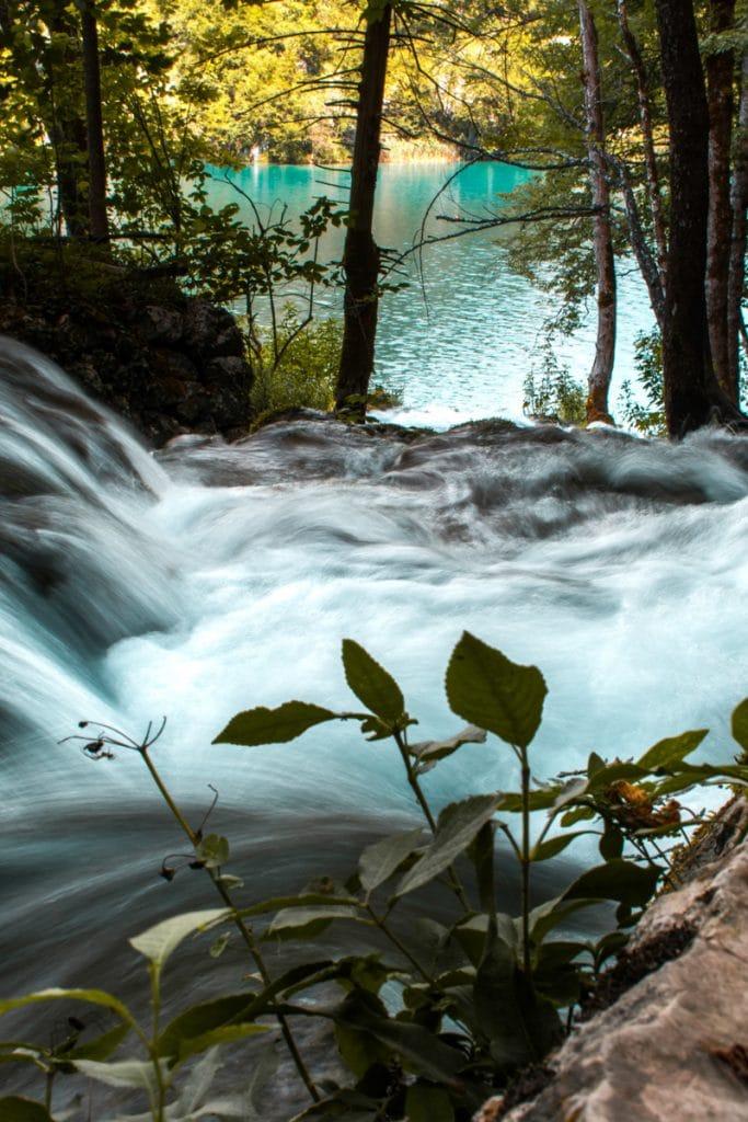 De watervallen en meren in de Plitvice meren