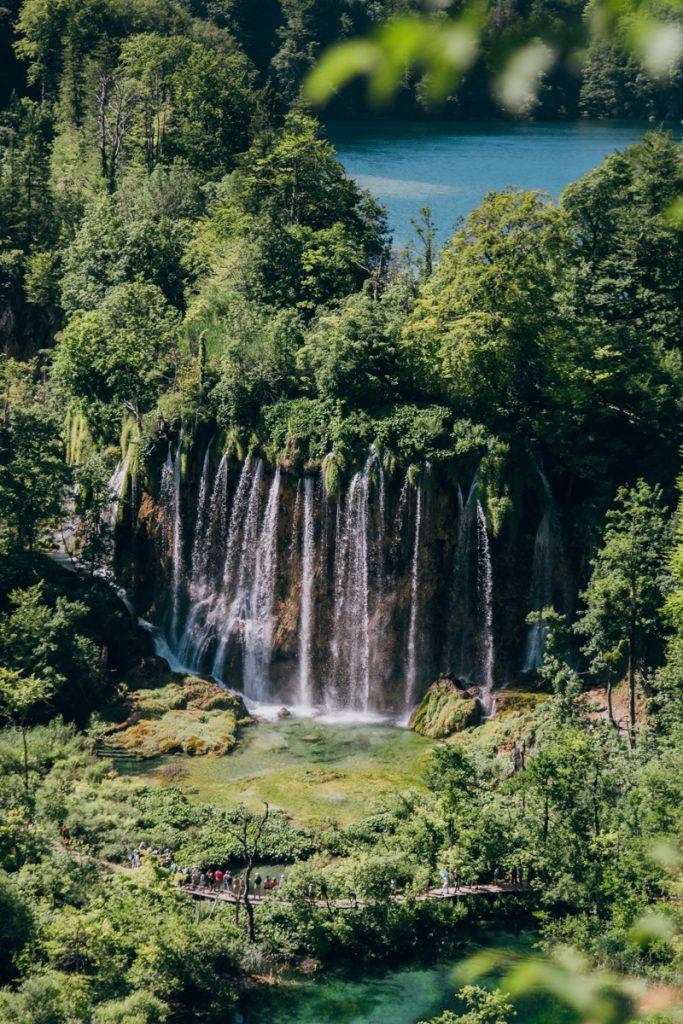 De Plitvice meren en watervallen behoren tot een van de mooiste van Europa