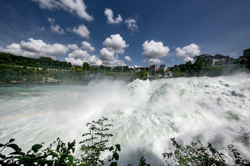 De Rijnwaterval is een van de mooiste watervallen in Europa