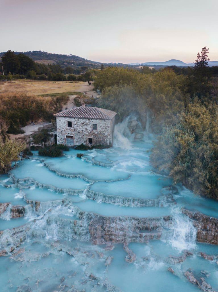 De thermale baden Cascate del Mulino