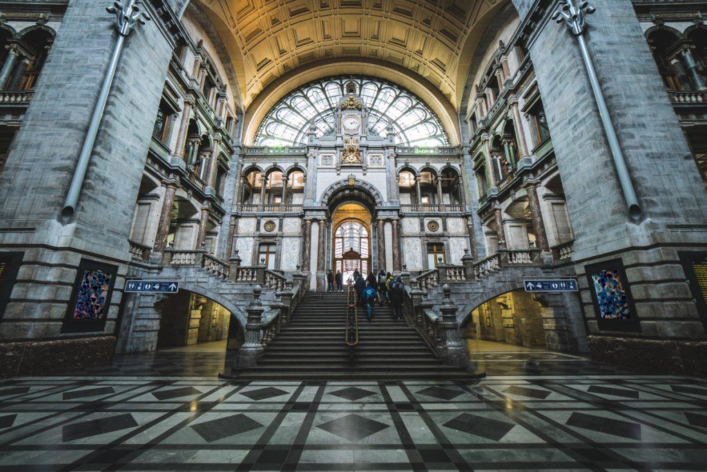 Het Centraal Station van Antwerpen is een van de mooiste plekken van de stad