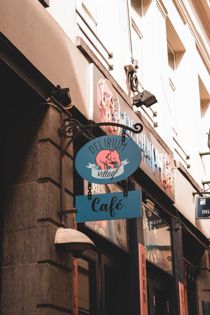 Tijdens een dagje Brussel mag je het Delirium cafe niet overslaan, het bekendste cafe van de stad