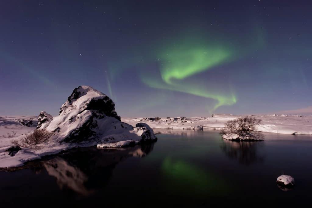 Myvatn is een van de mooiste meren. van Europa, gelegen in IJsland.