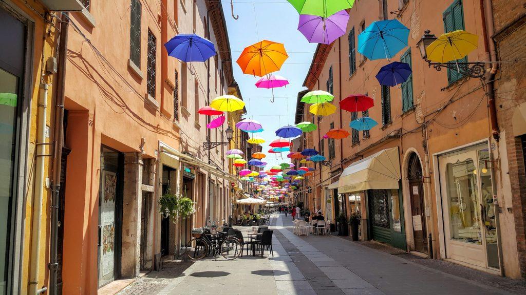 Dit zijn de leukste tips en bezienswaardigheden voor Ferrara in Italië!