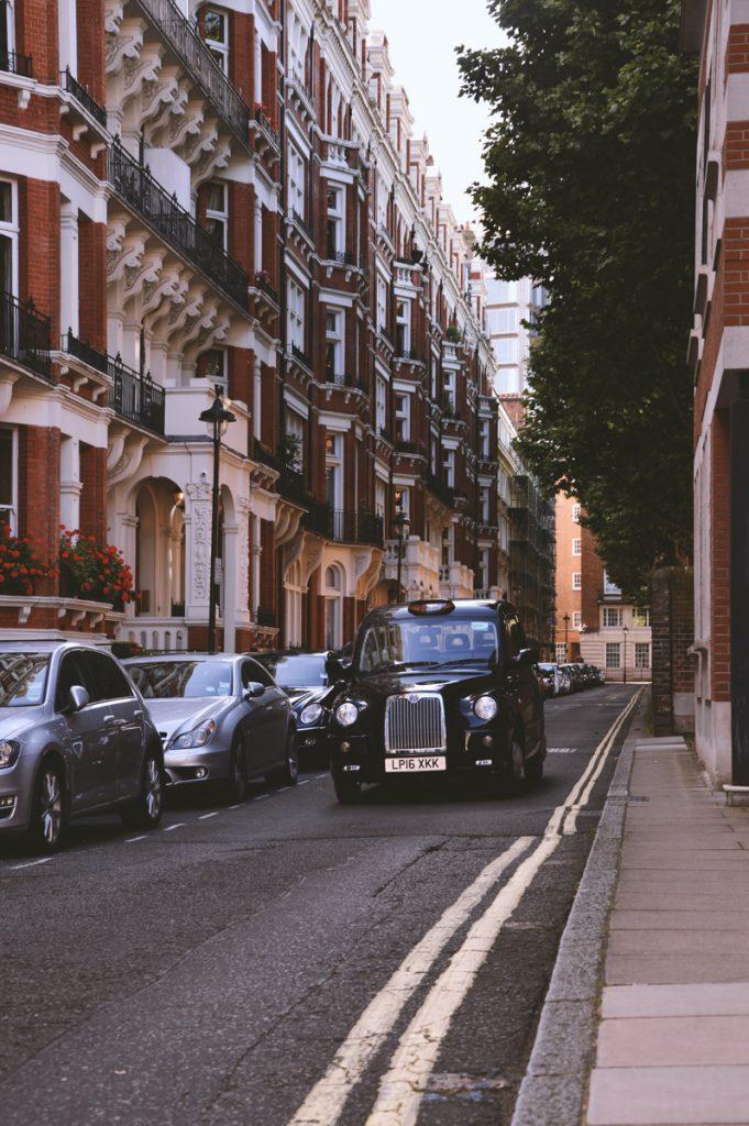 Een black cab in Londen