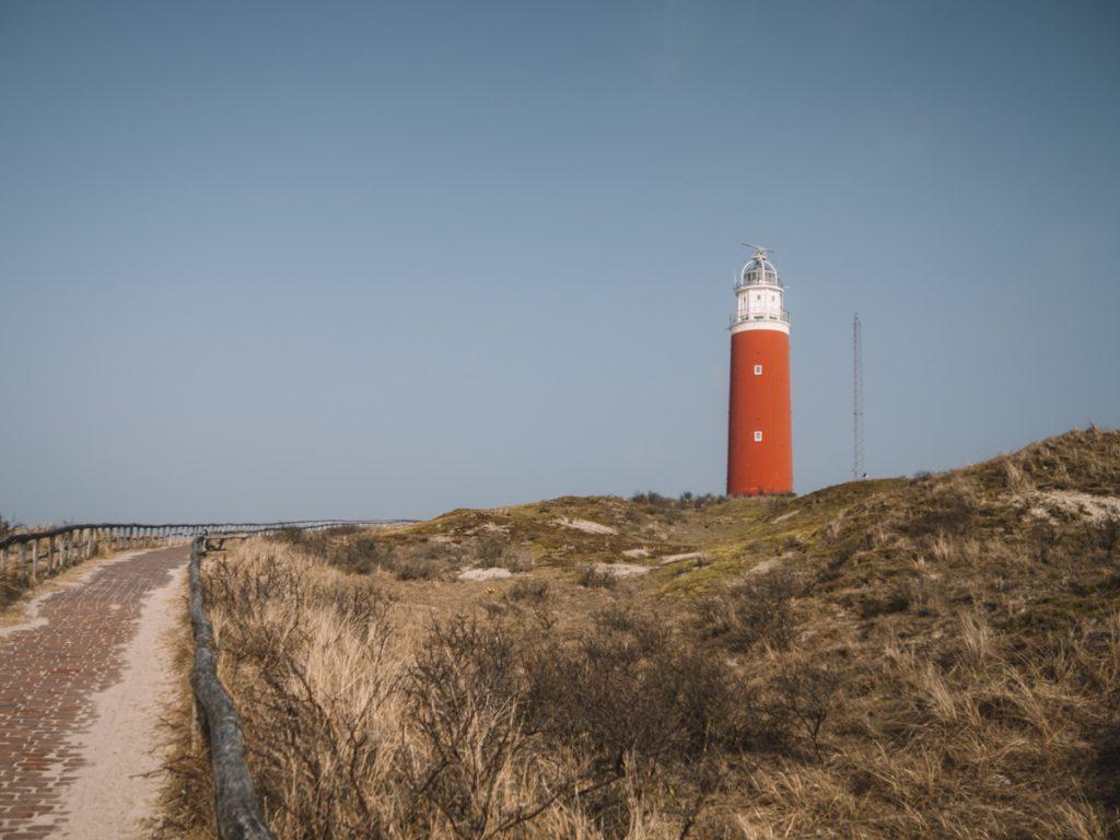 Een rondje Texel fietsen, waarbij je ook langs de vuurtoren komt