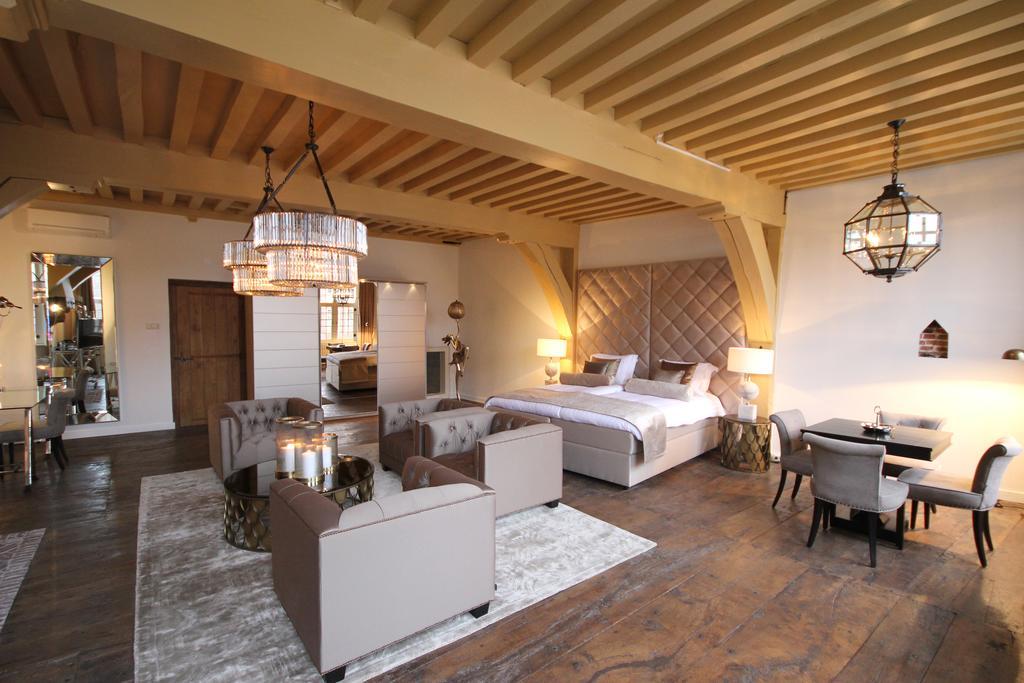 Een van de leukste boutique hotels van Leiden is Steenhof Suites, gelegen in het centrum van de stad