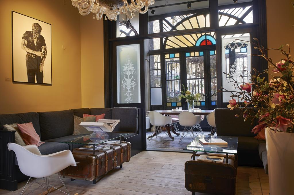 De huiskamer van Hotel Les Charmes