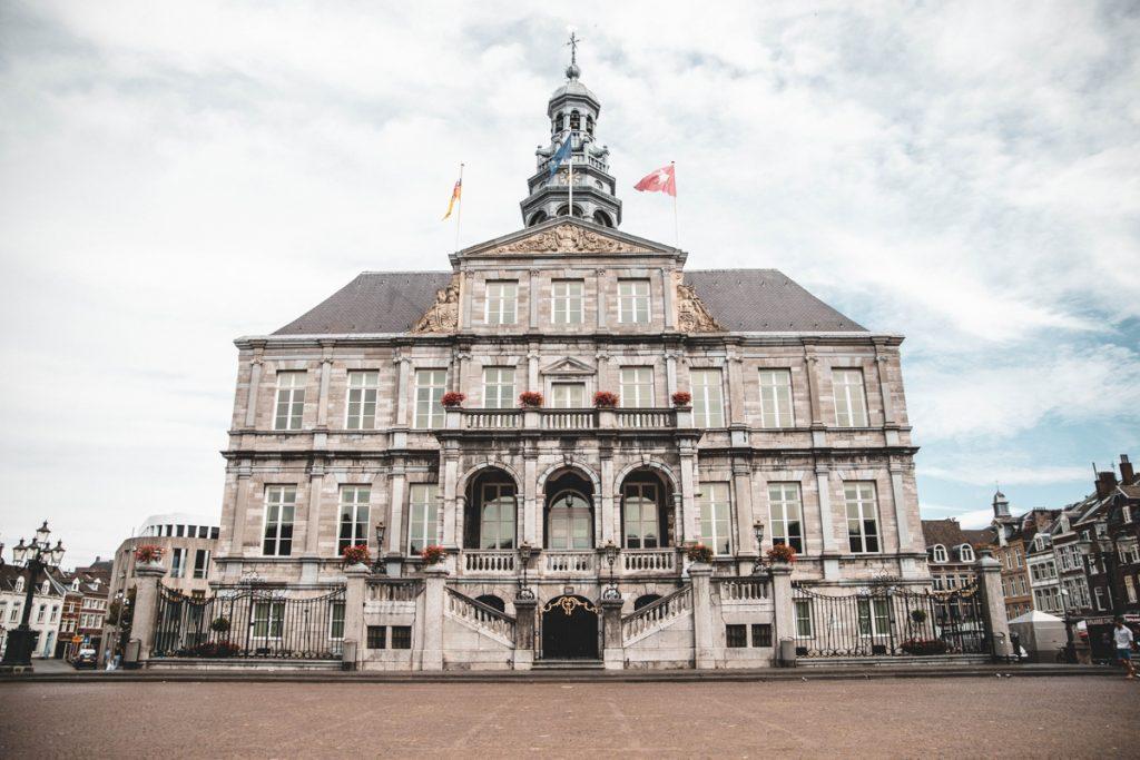 Tijdens een rondreis door Nederland mag je een stedentrip Maastricht natuurlijk niet overslaan