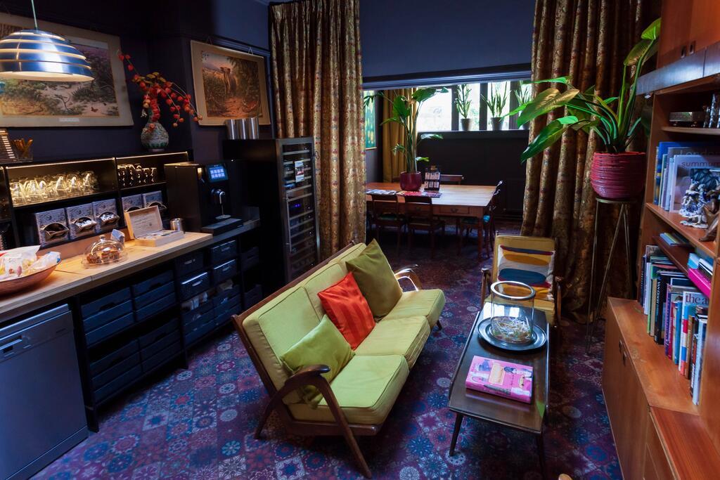 Het zeer kleurrijke interieur van Boutique Hotel Staats