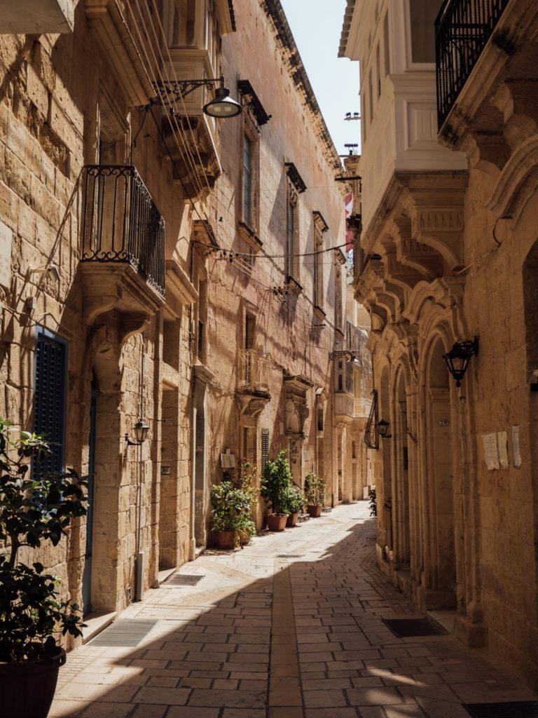 Een waanzinnig mooi straatje met lichtinval