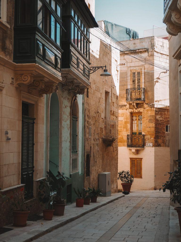 Een prachtig straatje in de Three Cities, een van de mooiste bezienswaardigheden op Malta eiland
