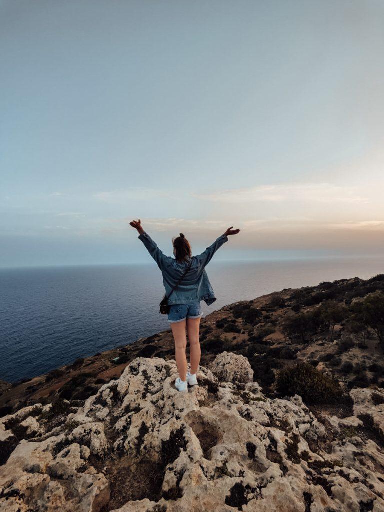Een foto tijdens de zonsondergang bij de Dingli Cliffs