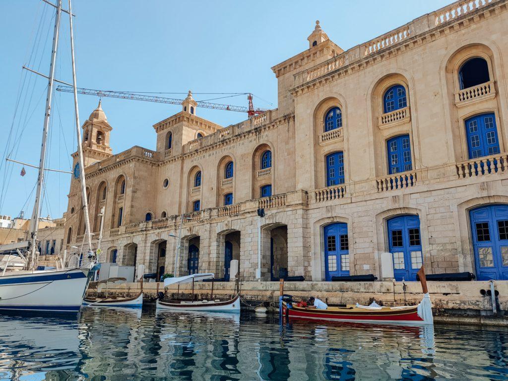 De Grand Harbour bij de Three Cities, een van de mooiste bezienswaardigheden op het eiland van Malta