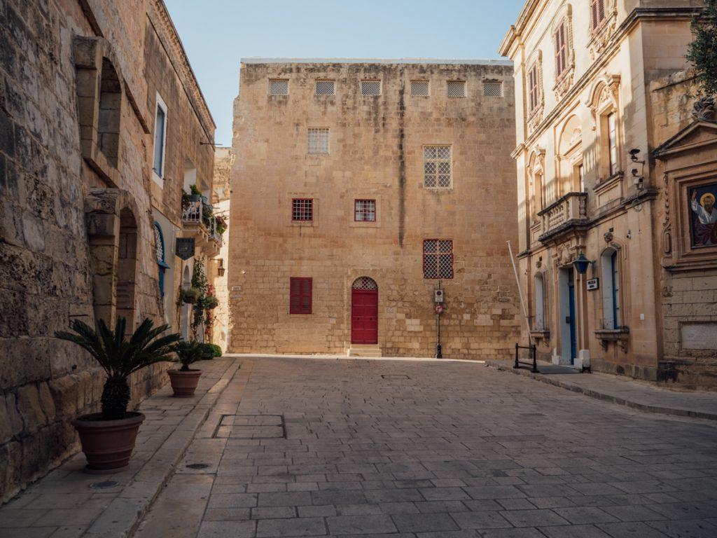 Huur een auto op Malta om alle bezienswaardigheden te ontdekken