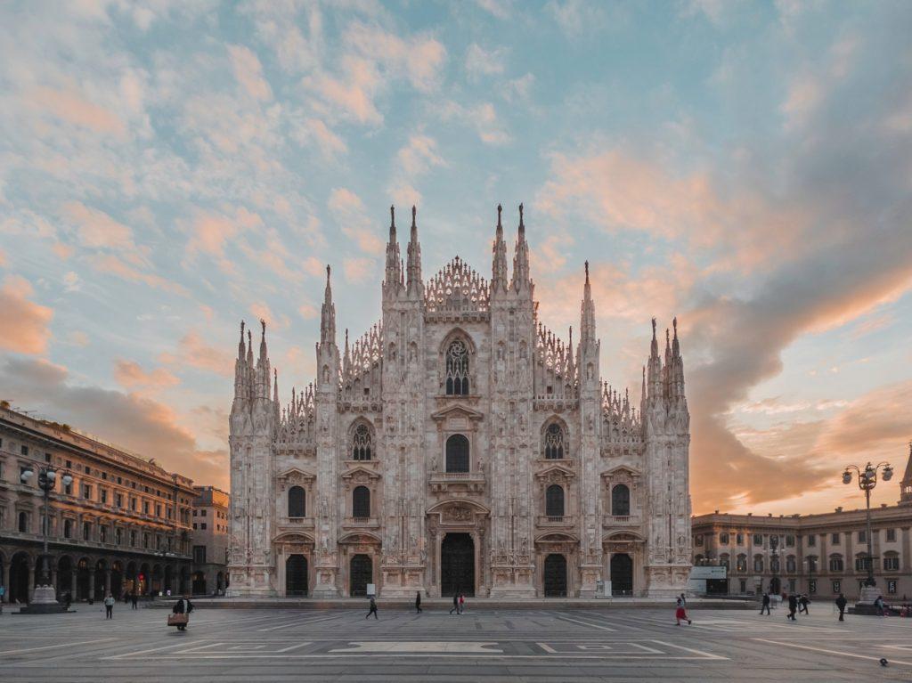 Tijdens een vakantie in Noord-Italië mag je een bezoek aan Milaan niet hebben gemist