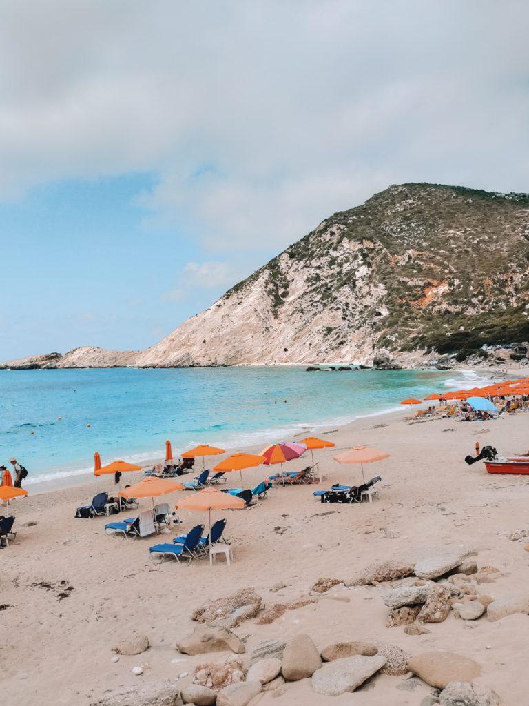 Een van de mooiste stranden van Kefalonia is Petani Beach in het uiterste westen van het eiland
