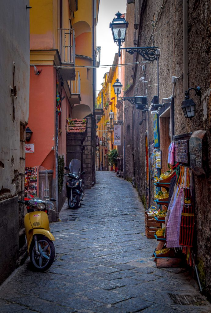 Tijdens een roadtrip door Zuid-Italië mag je Sorrento niet overslaan