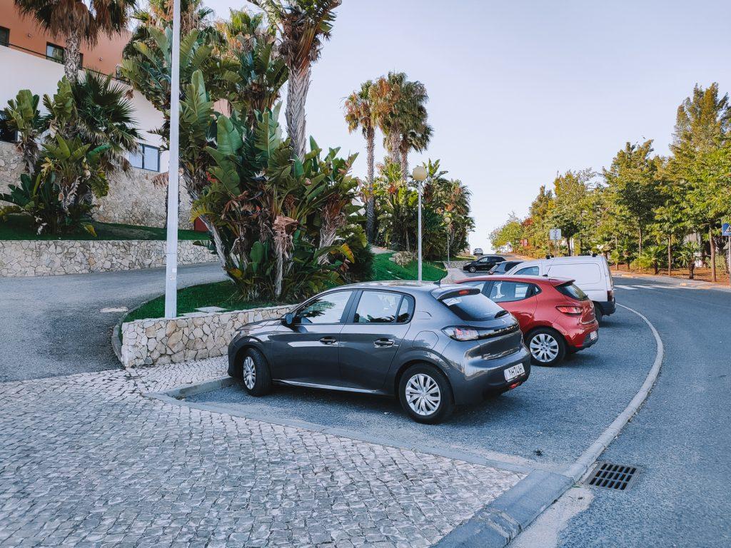 Hier vind je alle tips voor het huren van een auto in Portugal!