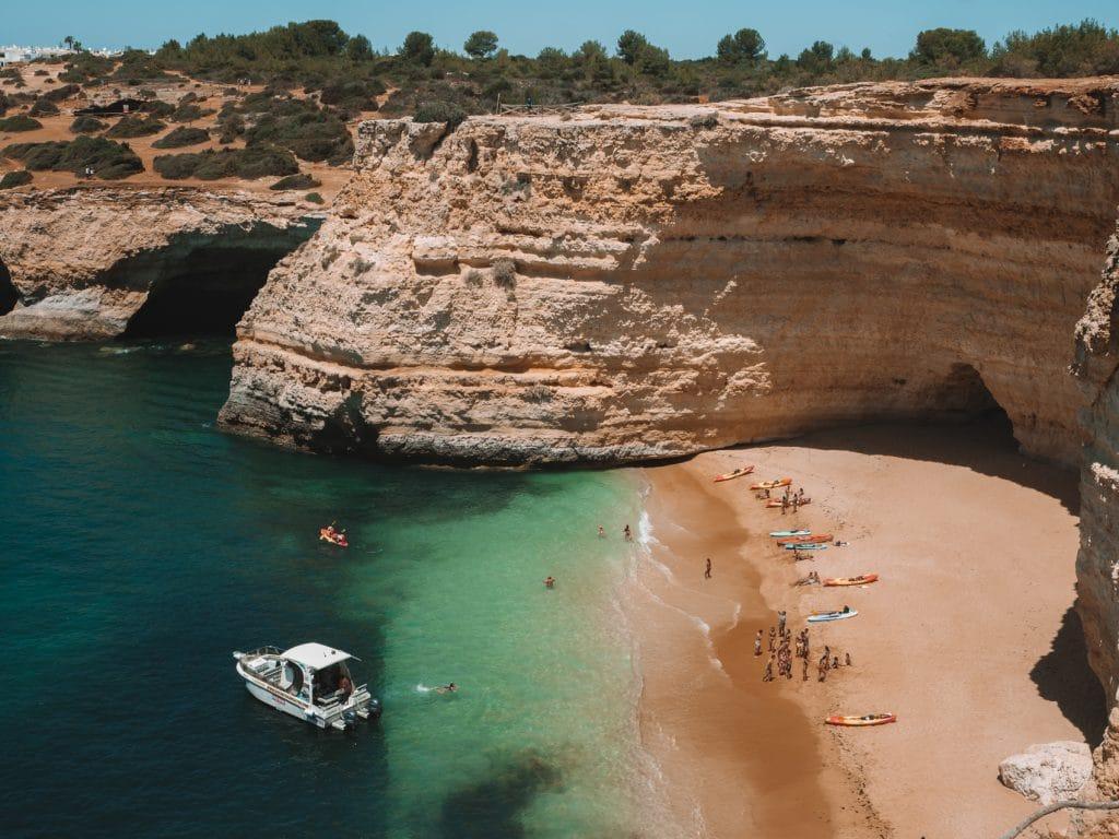 Hier vind je de leukste bezienswaardigheden en tips voor de Algarve