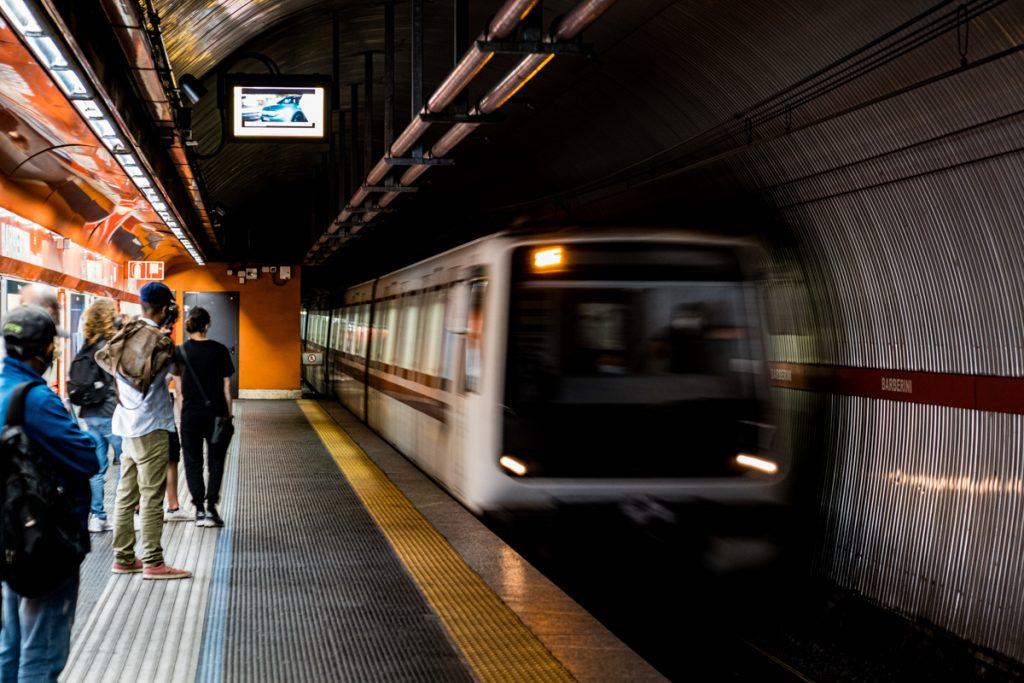 De metro in Italië, een van de fijnste manieren om met het openbaar vervoer te reizen