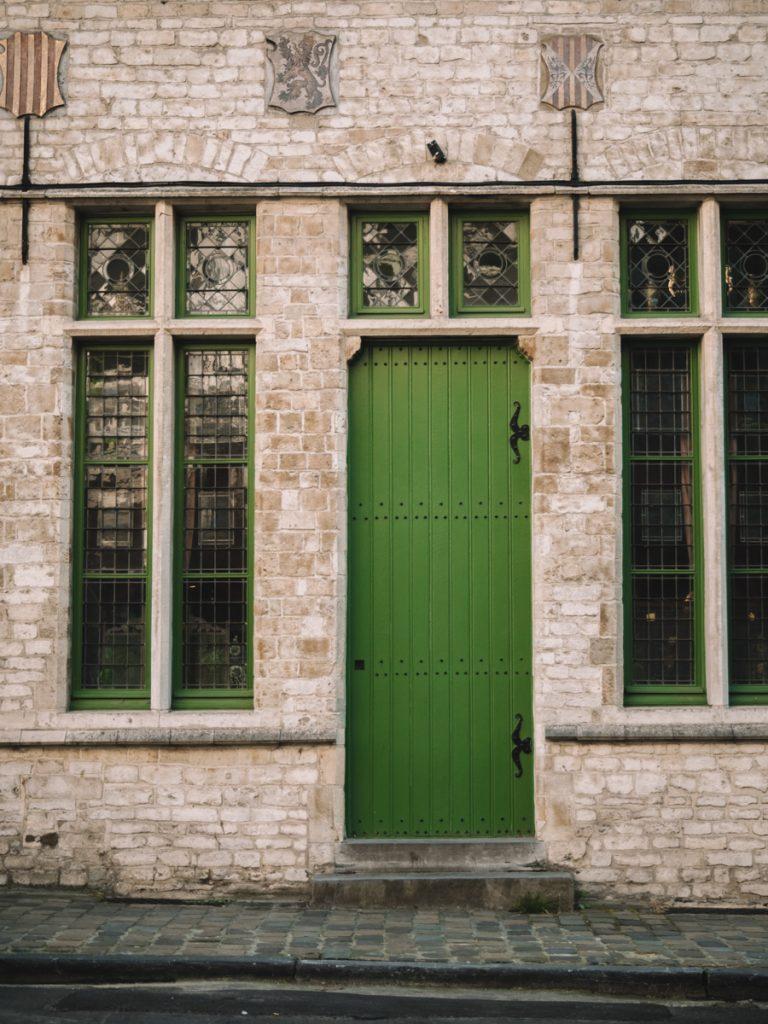 Een groene deur